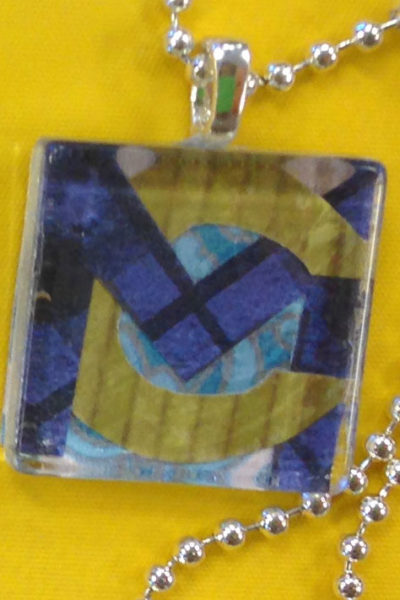 MOPS Craft – Glass Tile Pendants