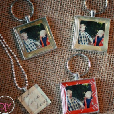 12 Days of Homemade Holiday Gifts Day 9: Photo Keychains