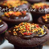 Easy chocolate ganache for cupcakes