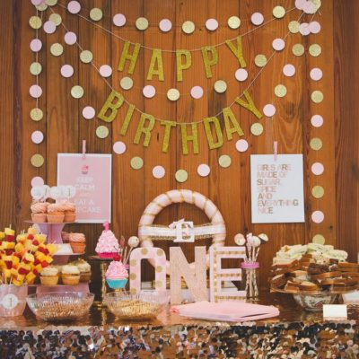 Cupcake first birthday party