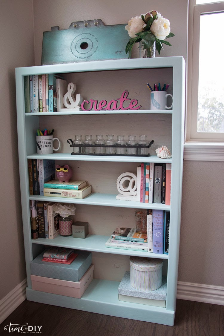 Painting a bookcase with BB Frosch Chalk Paint
