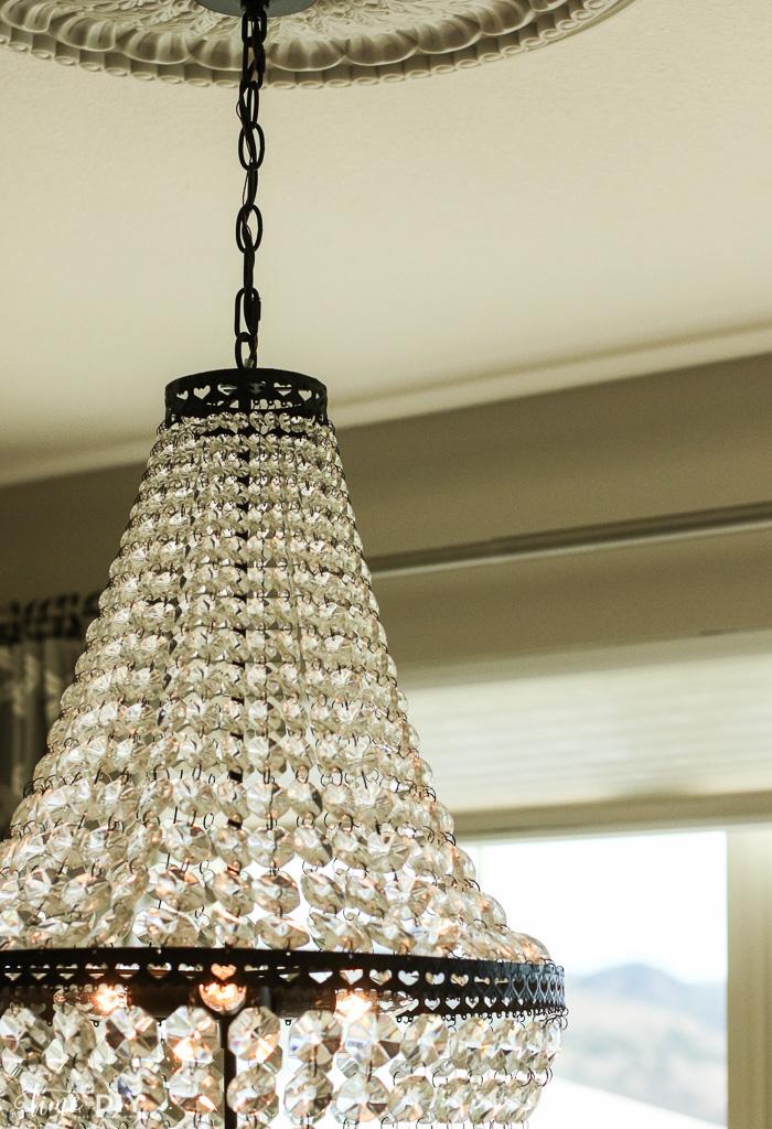 chandeliercloseup