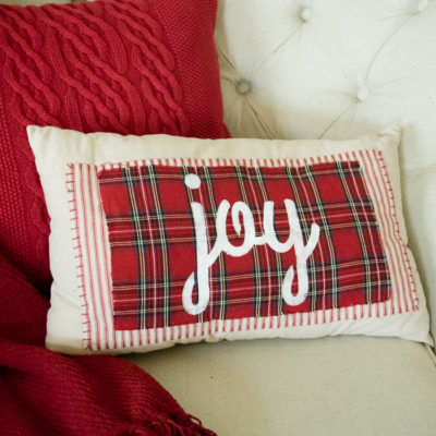 No-Sew Christmas Pillows