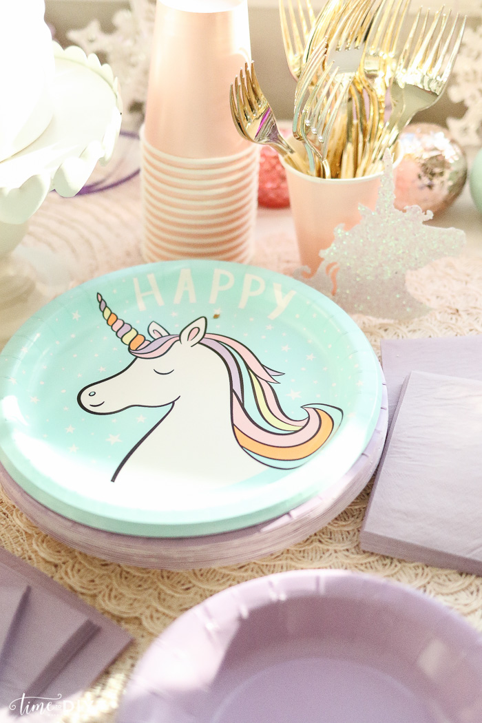 Party City Or Hobby Lobby But I Couldnt Resist These Cute Unicorn Plates From Target And