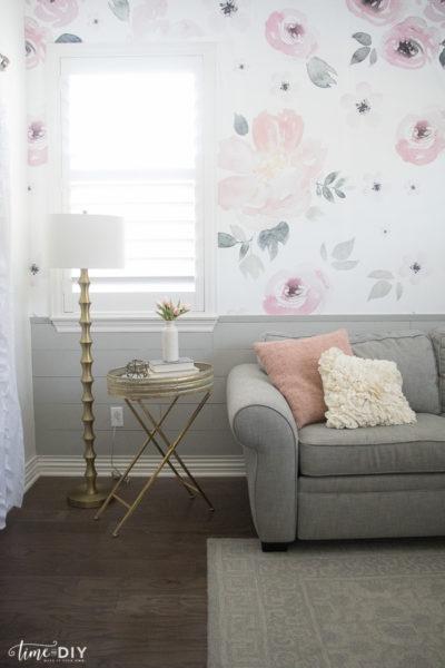 Blog Hop Into Spring: Guest Room Refresh
